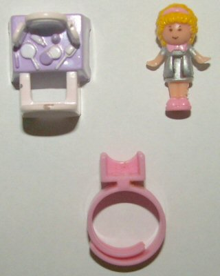Polly Pocket Dressing-Up Time with Polly Ring - Bluebird Toys (Green Variation)